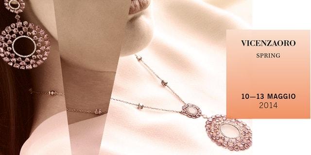 Alice Sunderland op de juwelenbeurs VincezaOro